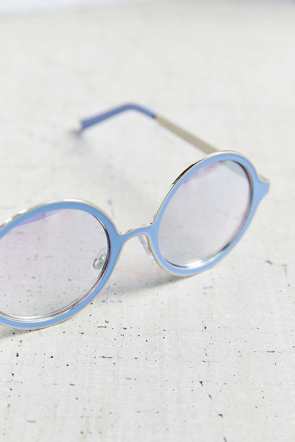 Painted Metal Round Sunglasses - Urban Outfitters | Accesorios ...