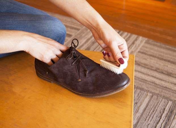 comment nettoyer une tache sur du velours ou du daim | le daim