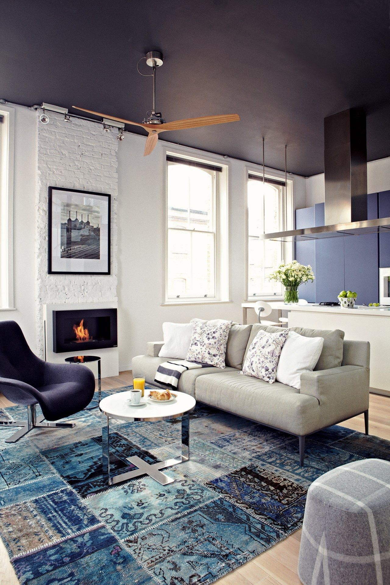 Shoreditch Design Rooms: Blue, White Living Room, Living
