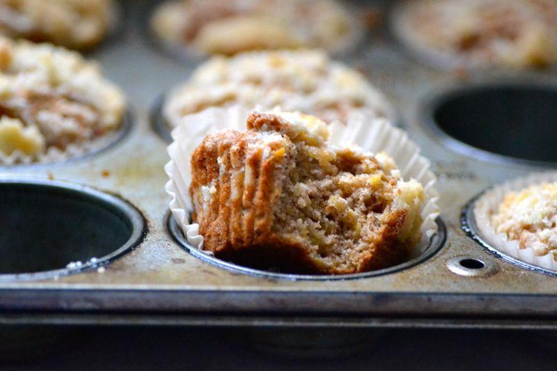 Warm Vanilla Sugar Acorn Squash Struesel Muffins Yummy