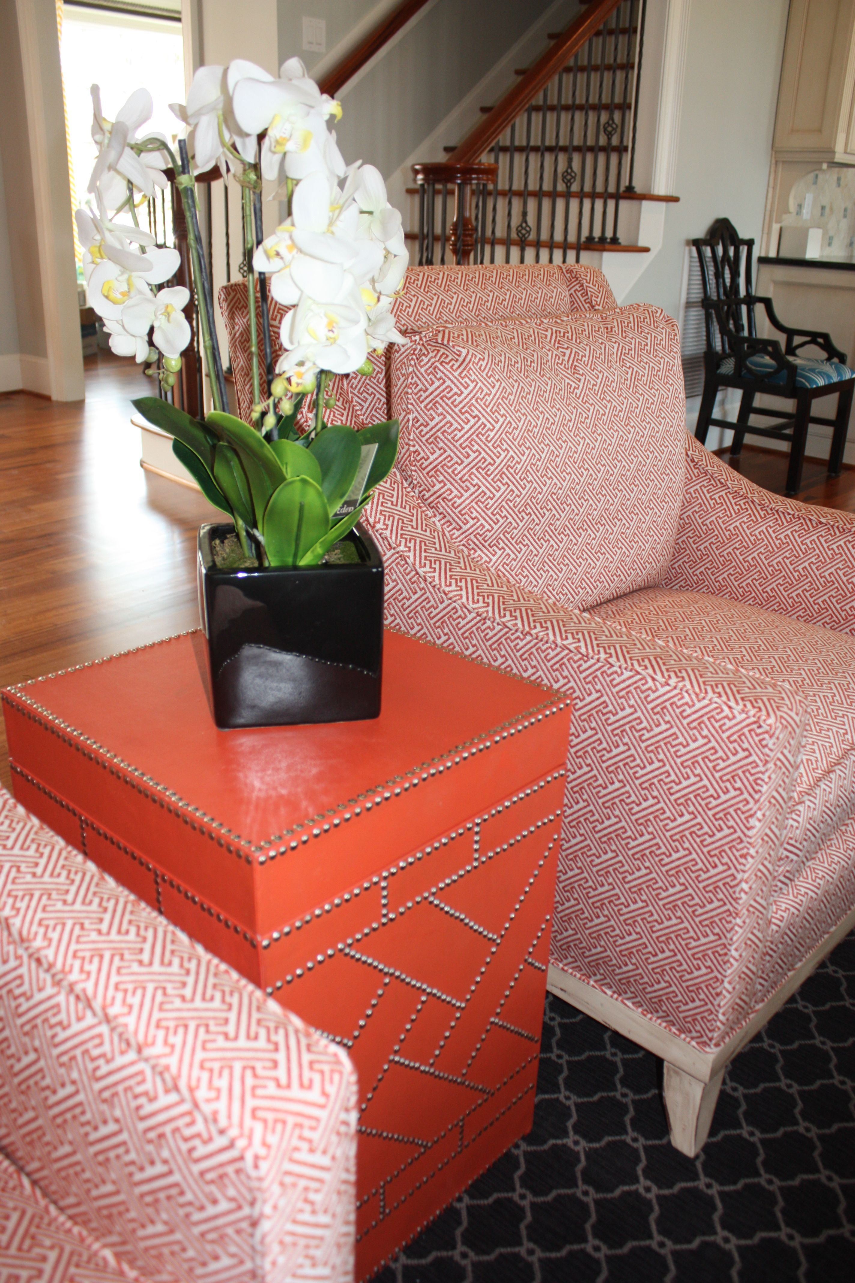 Beautiful HomeGoods Has Great Side Tables That Add Storage And Color To Any Space.  This Piece Awesome Ideas