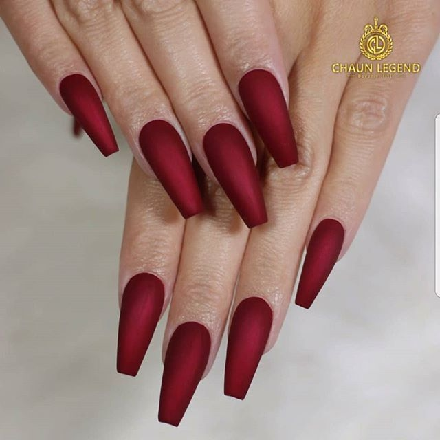 Perfect Coffin Shape With Deep Red Gel Polish With Matte Top Coat Perfect For Christmas Beautiful Nails Done By Chaun Deep Red Nails Red Nails Glue On Nails