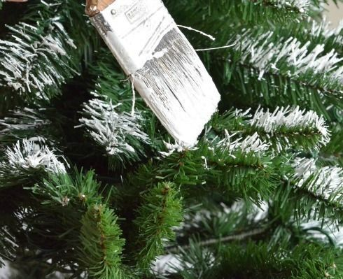 How To Add Snow To An Artificial Tree Flocked Christmas Trees Christmas Tree Branches Christmas Tree Decorations