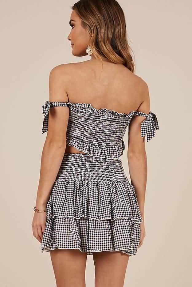 6af167ecc48b Women Black-white Gingham Strapless Shirred Ruffles Casual Two Piece Dress  - M