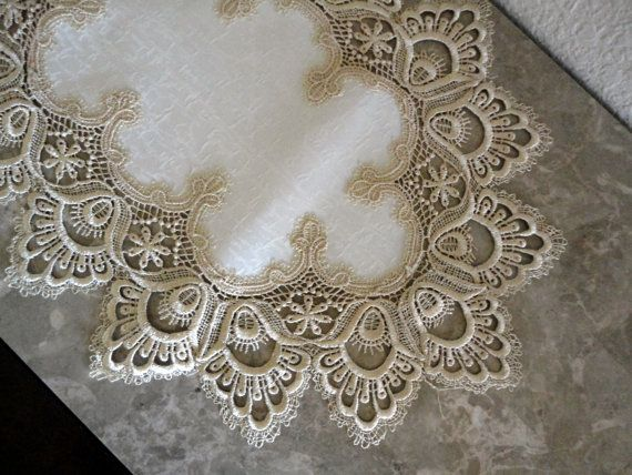 34 Delicate Soft Gold Lace Dresser Scarf Table Runner Doily