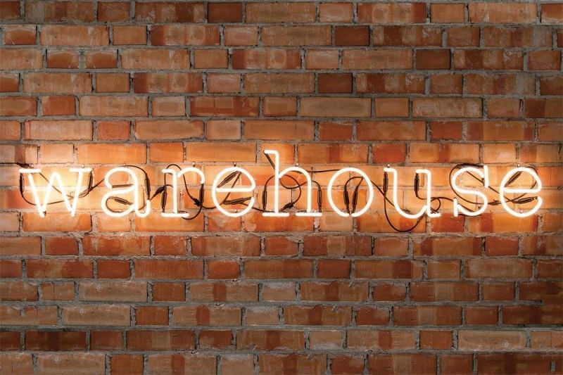lettre neon 31 idées déco de lettres lumineuses | Wayfinding signage and House lettre neon