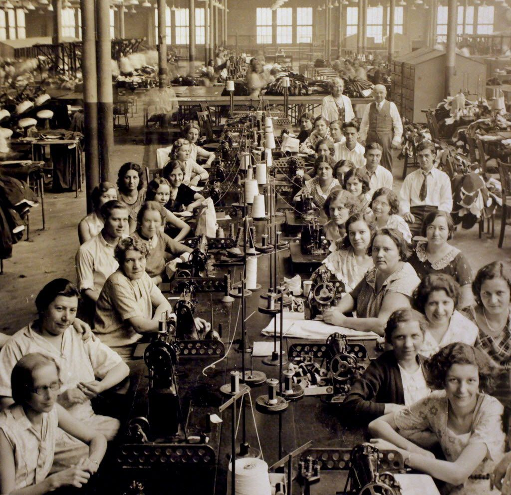 conditions of factory workers essay The conditions for factory workers in nineteenth century britain in the nineteenth century some people thought that factories were the best thing that ever created in great britain, however, workers inside them thought differently.