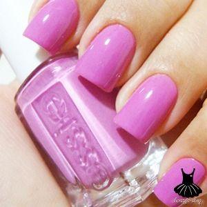 Manicure Monday - Purple and Glitter Smoosh Nails | See