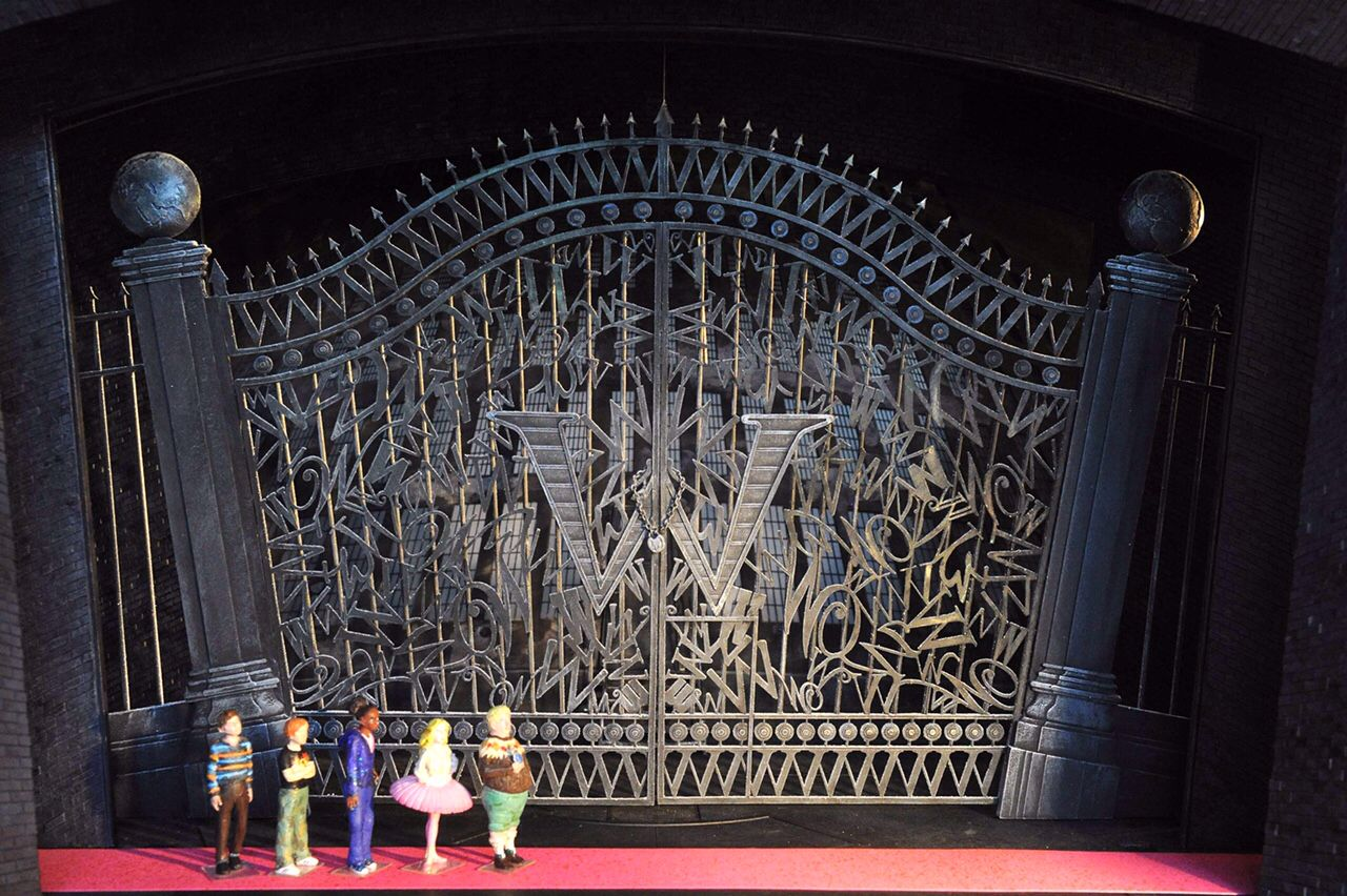 Model for Charlie and the Chocolate Factory, Theatre Royal Drury ...