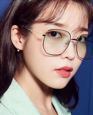 Dlwlrma Wallpaper Dlwlrma Glasses Fashion Korean Glasses Iu Hair
