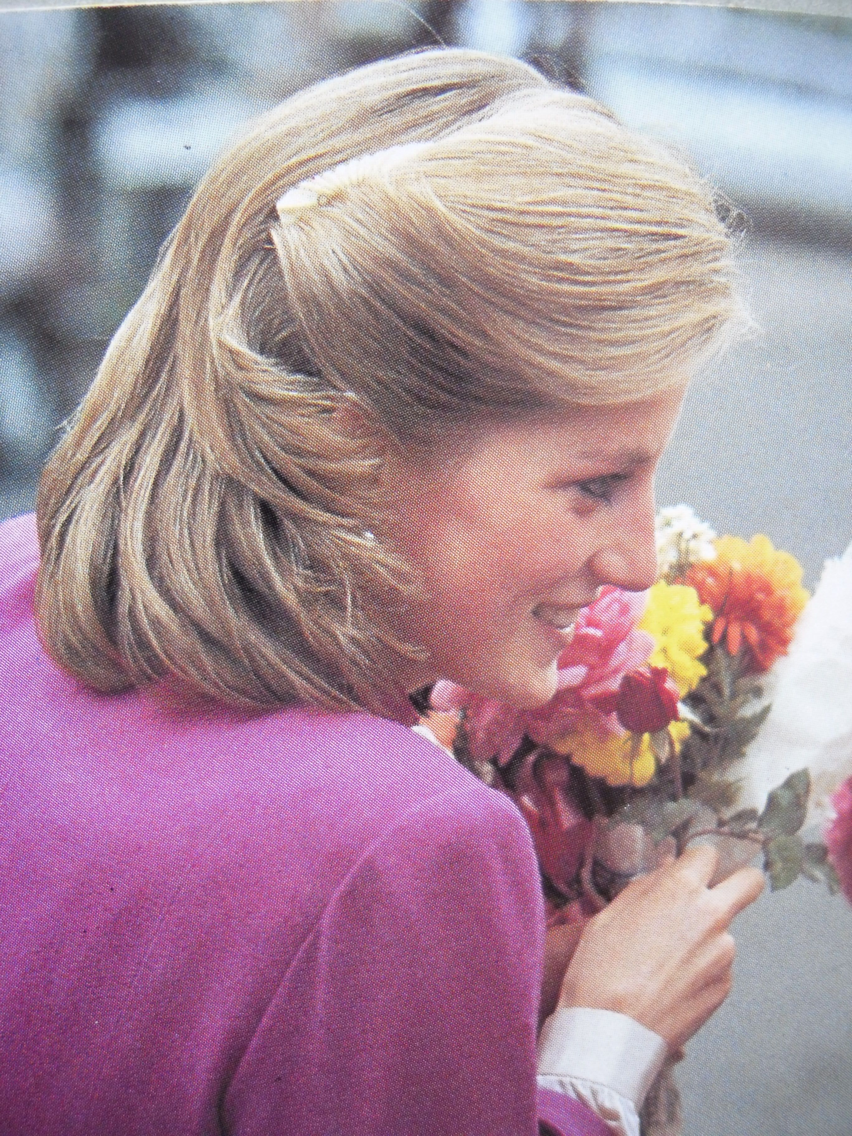 November 13 1984 Princess Diana on a walkabout during her visit to