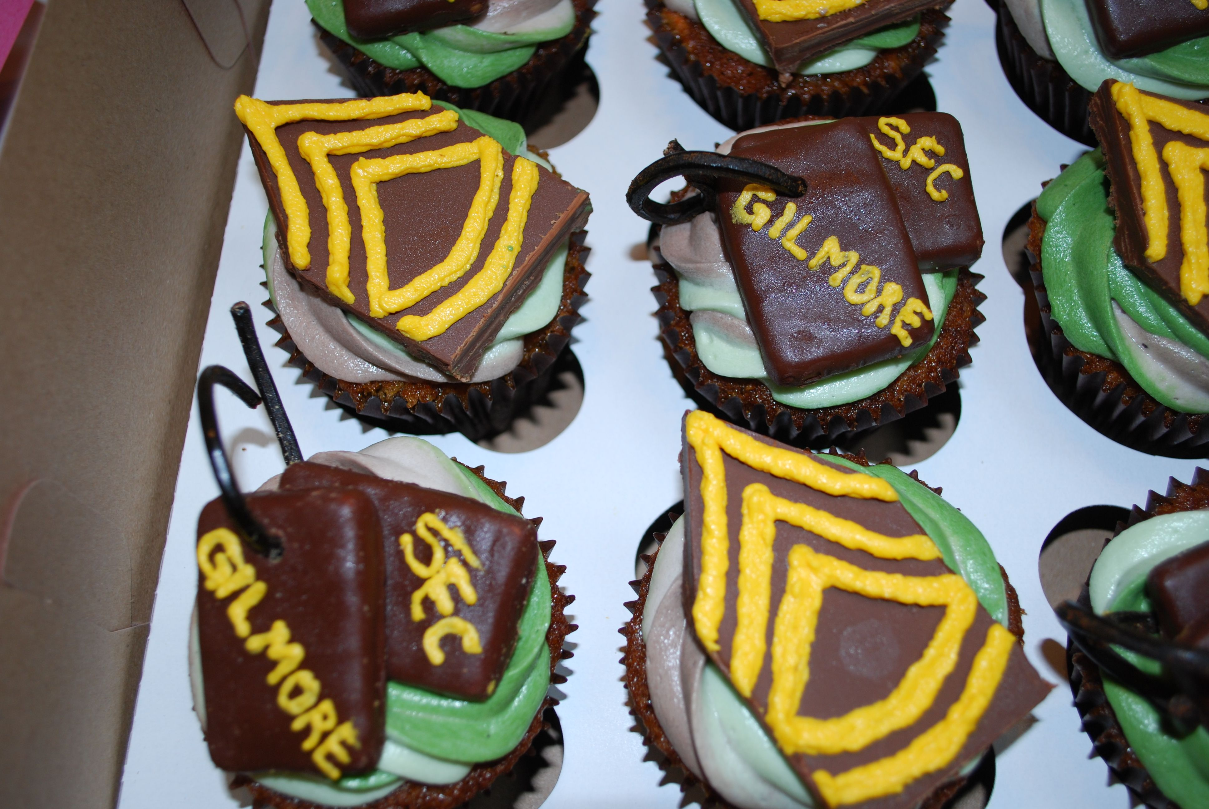 Army: Sgt. First Class Cupcakes. How amazing!