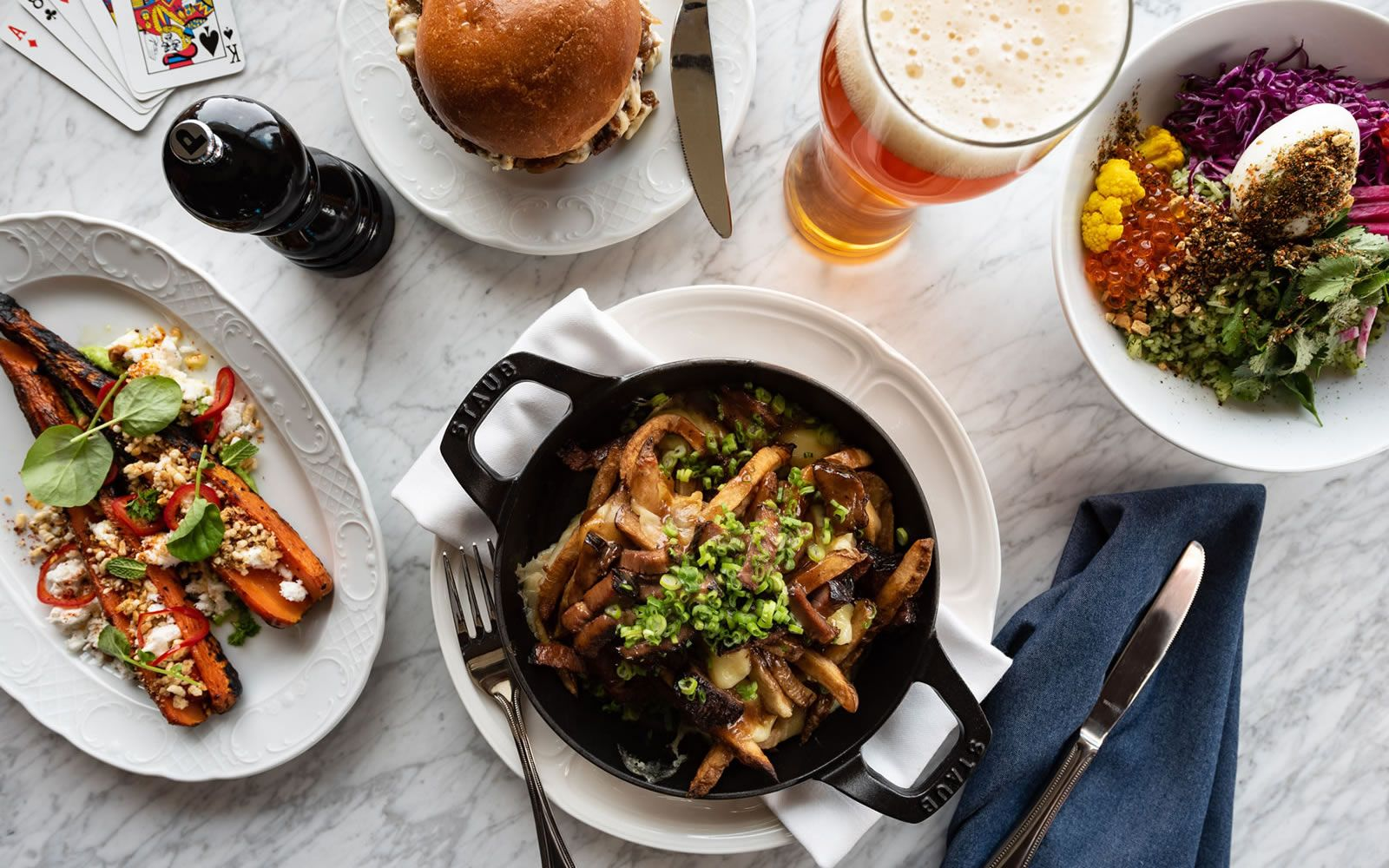 Downtown Ben Paris Restaurant near Pike Place Market