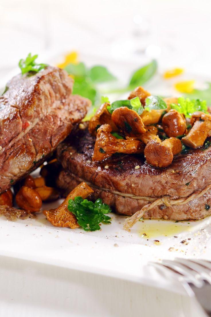 recipe: flank steak with mushroom ragout [14]