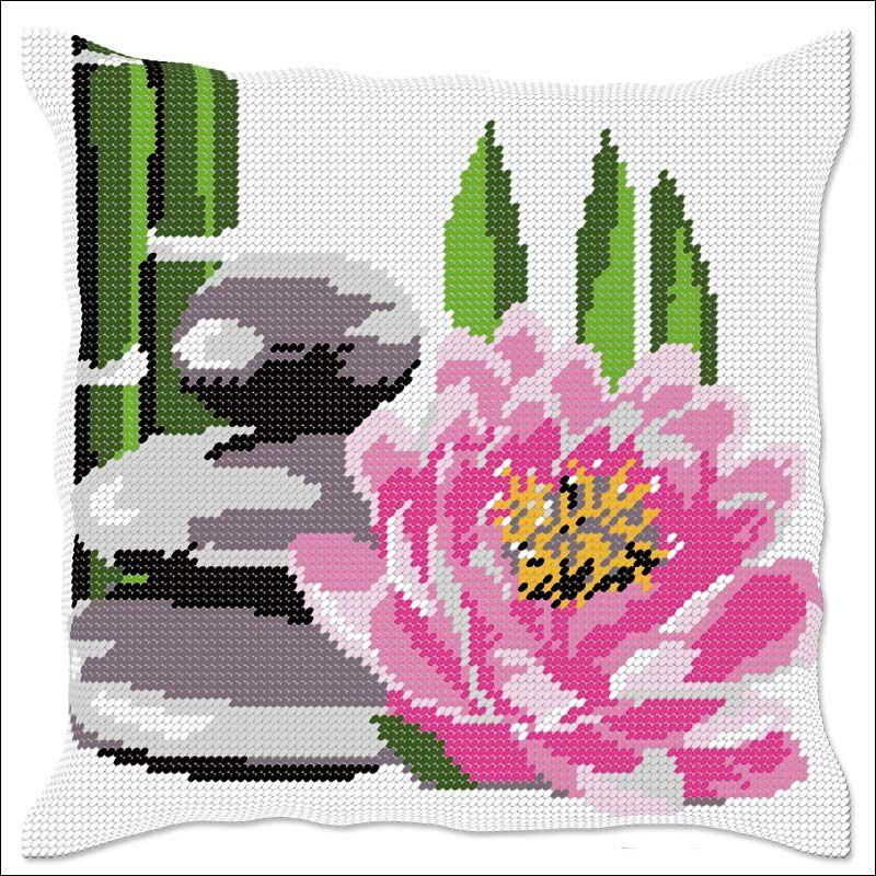Fleur De Lotus Coussin Demi Point De Croix Luc Creation Point De Croix Broderie Et Point De Croix Broderie Point De Croix