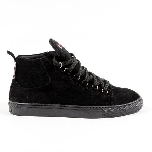 Color: Black Size: 46 EUR – 13 US Made of: 100% SUEDE