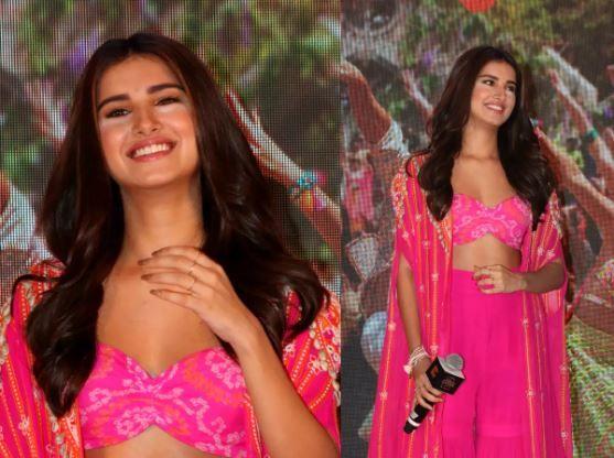From Deepika Padukone to Priyanka Chopra: Worst makeup disasters of B-town celebs