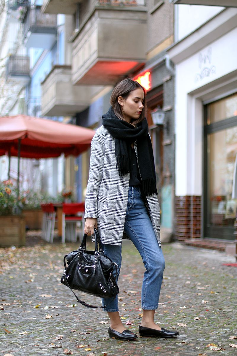 1d827607c1cf teetharejade » Blog Archive » Outfit  Sporting Houndstooth for the  Autumn Winter Season
