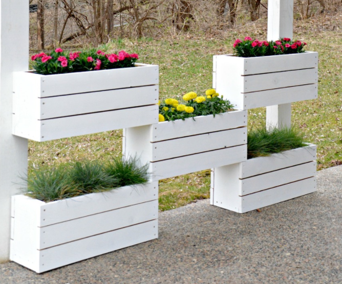How To Build A Vertical Planter The Home Depot Diy 400 x 300