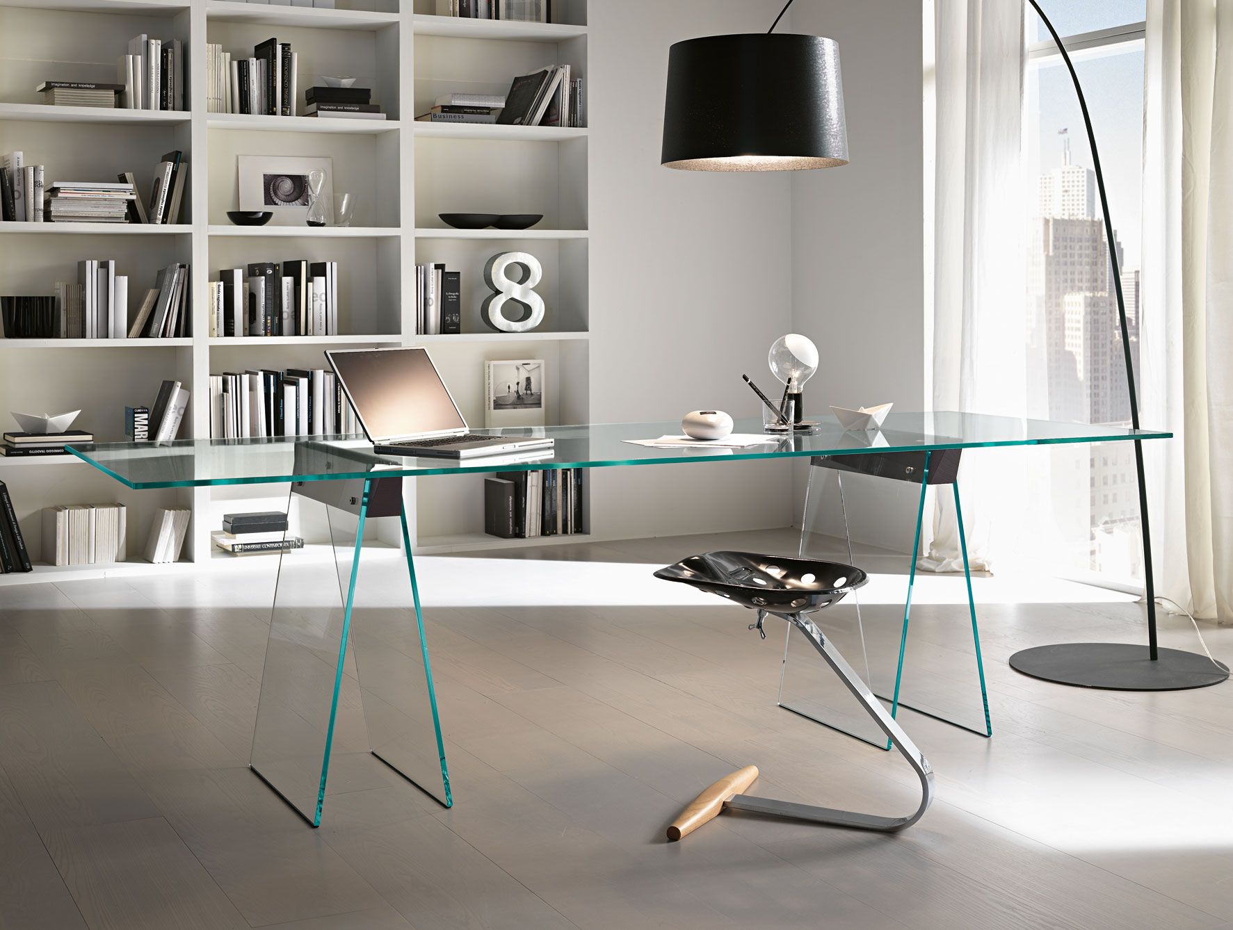Nella Vetrina Tonelli Kasteel Modern Italian Glass Desk Modern Home Office Furniture Modern Glass Desk Modern Home Office