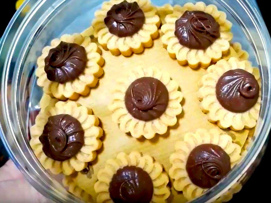 Resepi Tart Nutella Sedap Tube Recipe Nutella Nutella Recipes Tart Dessert