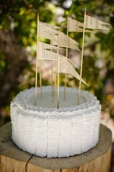 paper page flags cake topper ~ Tin Roof Farmhouse: Wedding Trends for 2014…Unique Cake Toppers