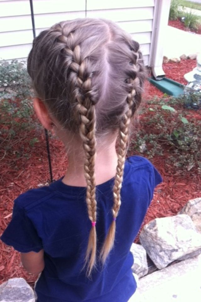 2 Side French Braids Side French Braids Easy Hairstyles Hair Styles