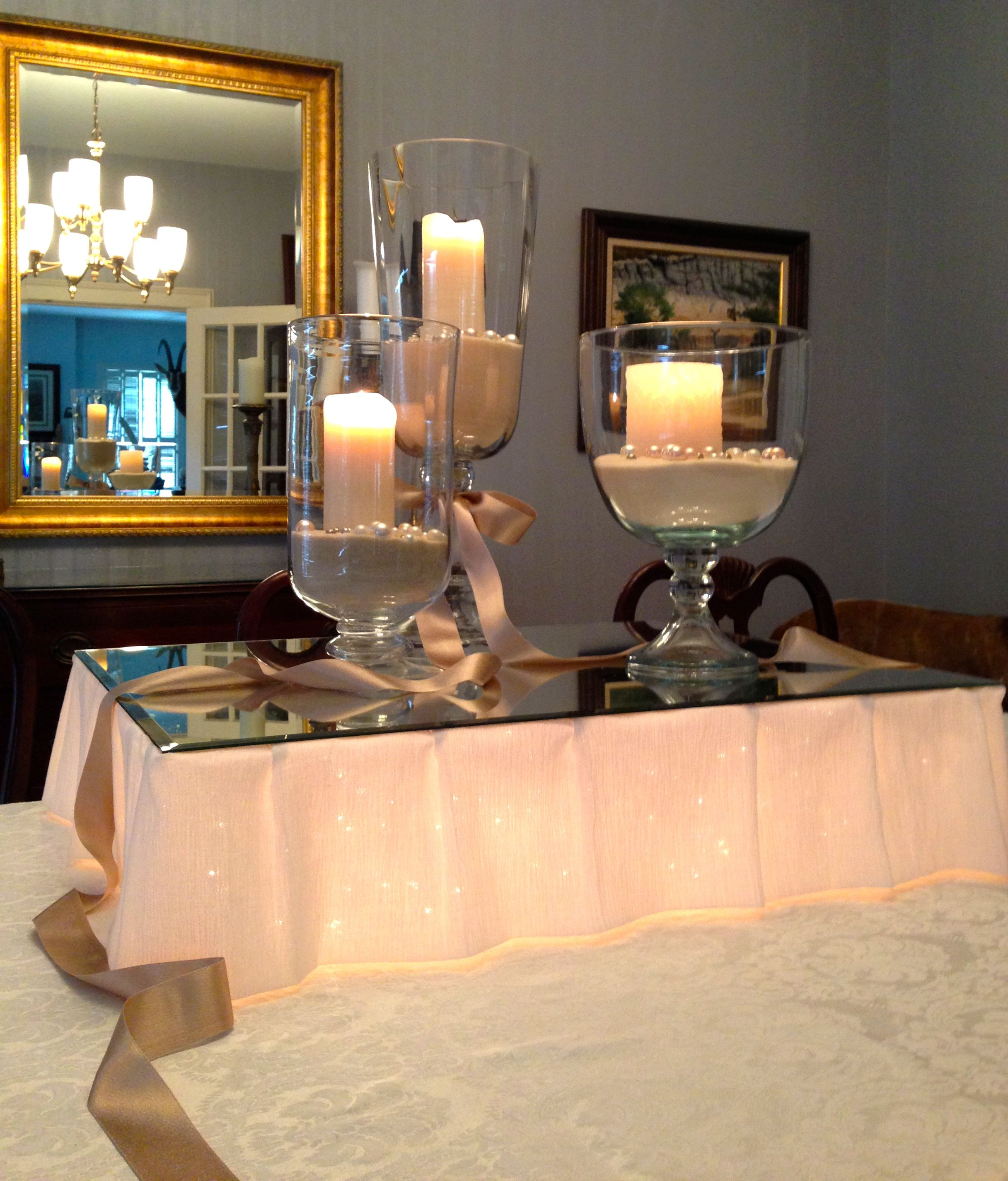 Great Centerpiece Twinkle Lights Under A Mirrored