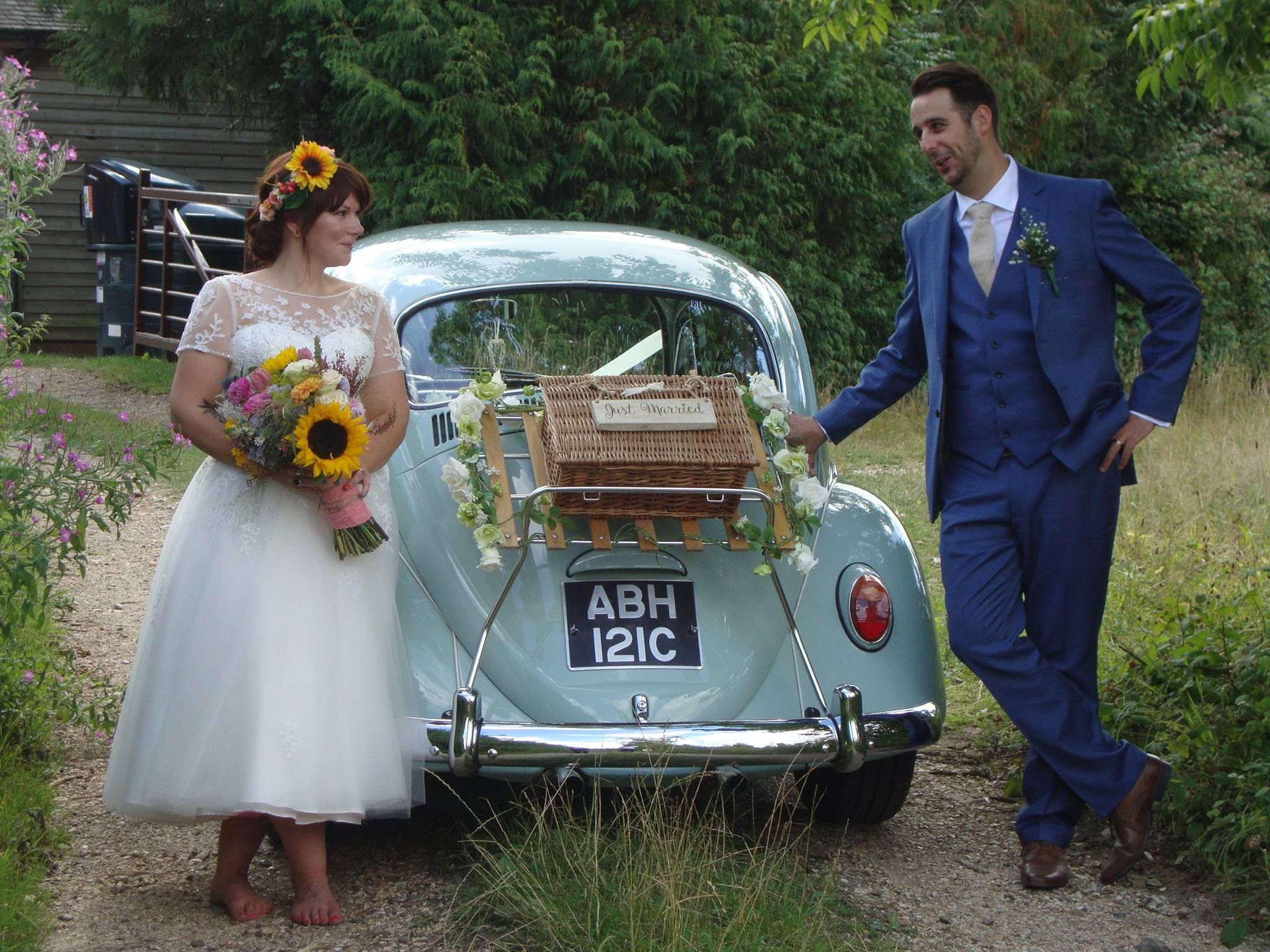 VW Beetle wedding transport