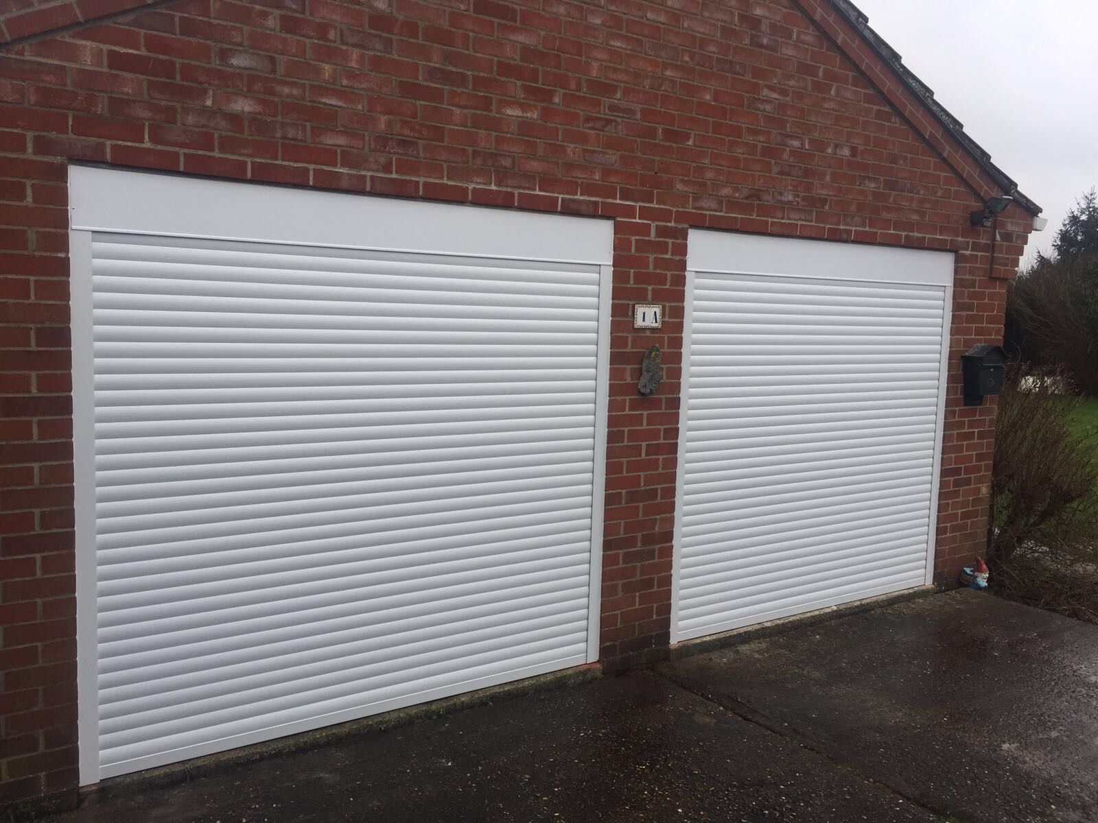 Double Insulated Roller Garage Door With Box And Guides Inside The