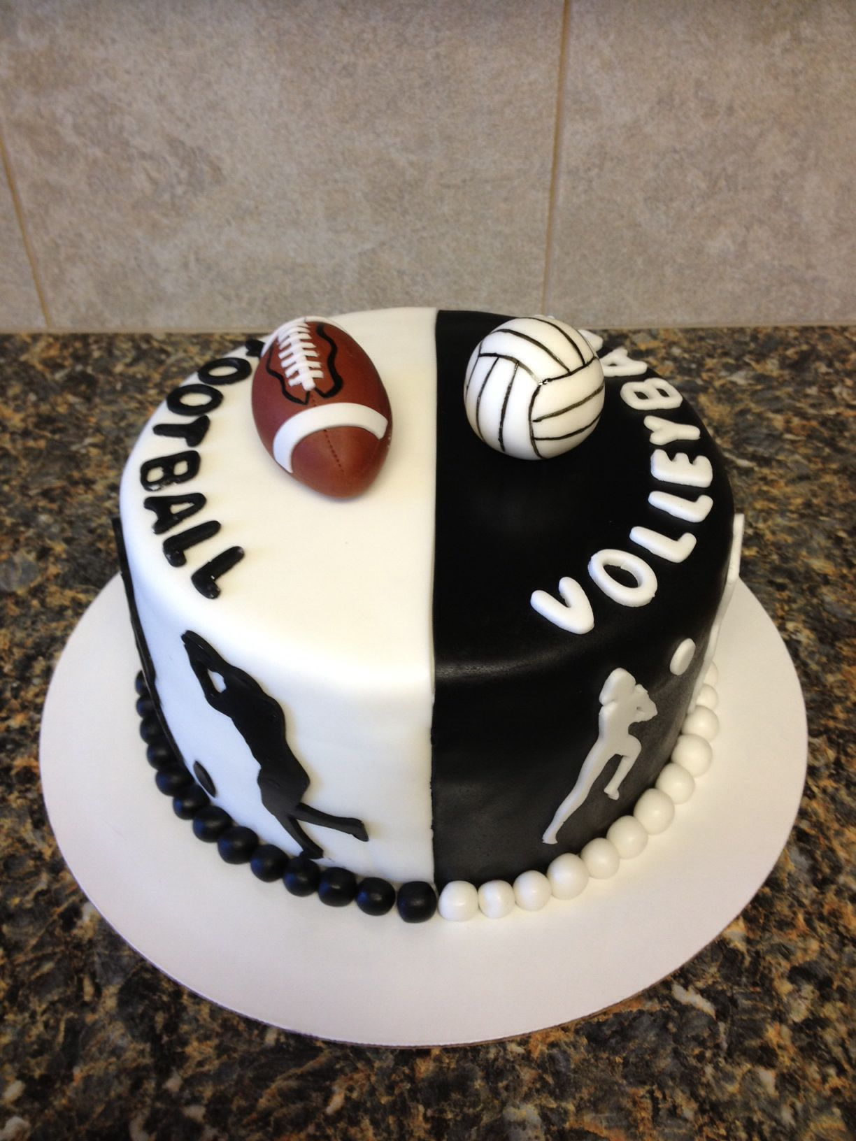 Volleyball And Football Cake Volleyball Birthday Cakes Volleyball Cakes Sport Cakes