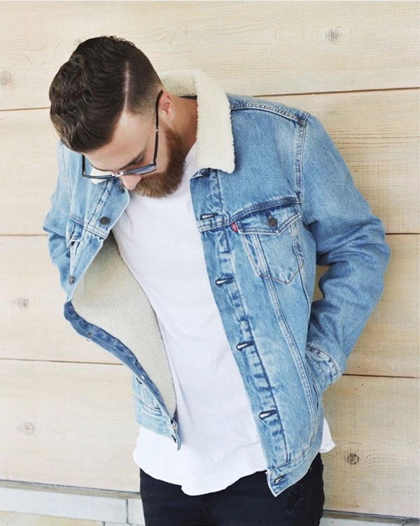 9873437c Denim jacket with inner wool, love to have that jacket. #MensFashionStyle