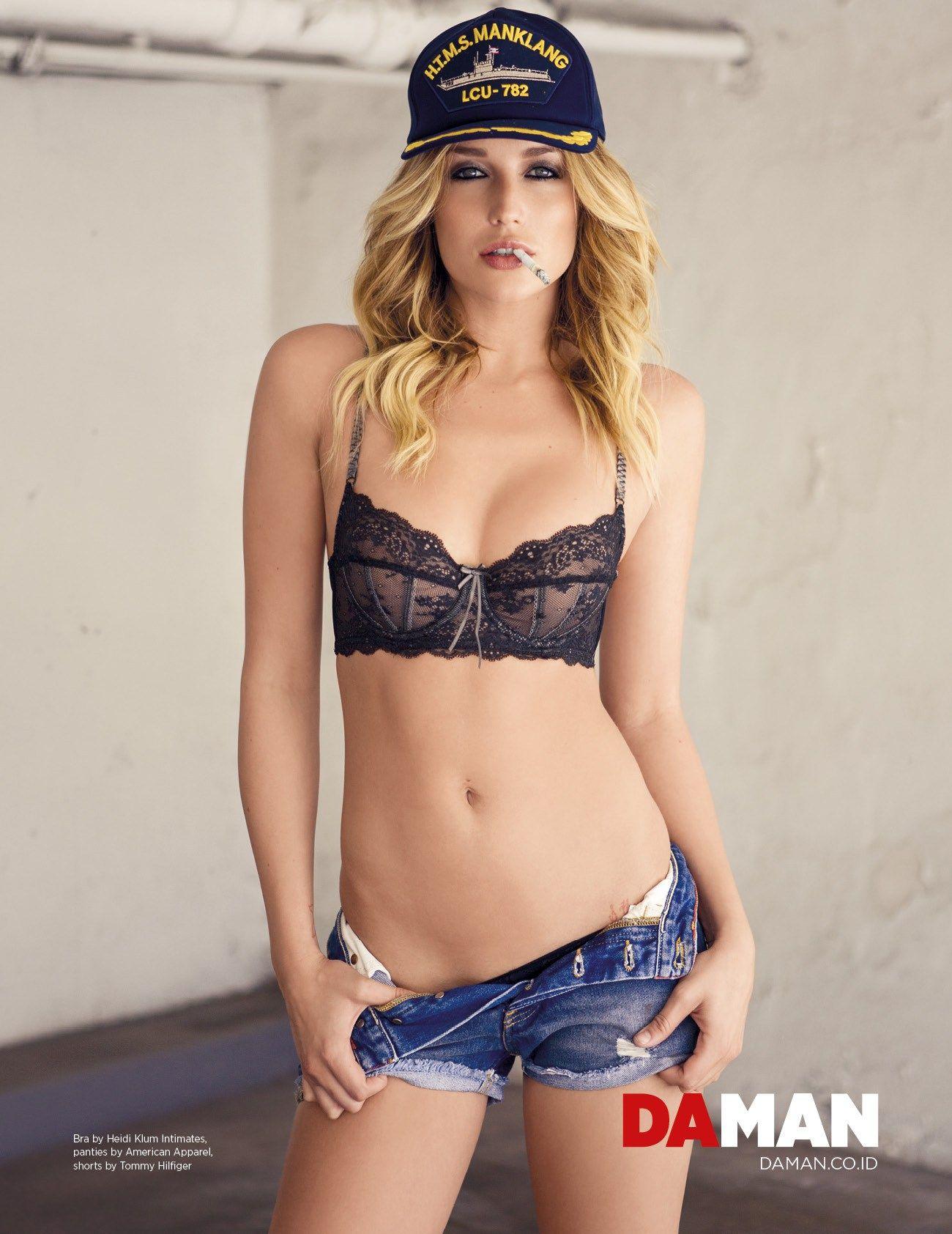 Hot Sarah Dumont nude photos 2019