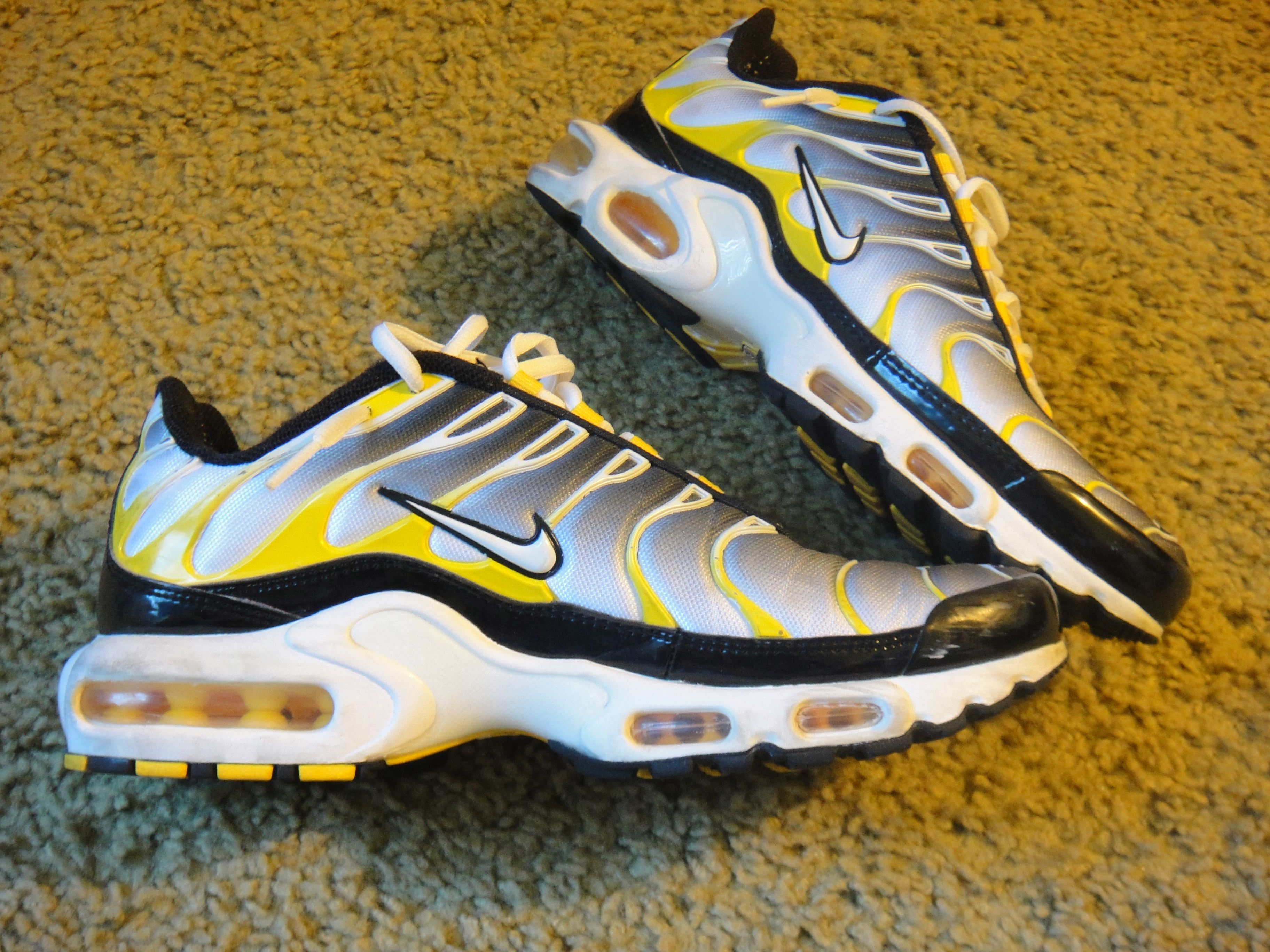 hot sale online d6e7f 91d55 Sneaker Central - NIKEÂ TUNED 1  COMMANDO  - Foot Locker   clothing   Nike  air max, Nike shoes, Nike air max plus