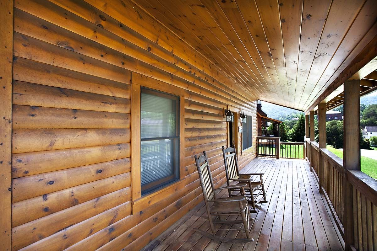 Cabin vacation rental in Pigeon from
