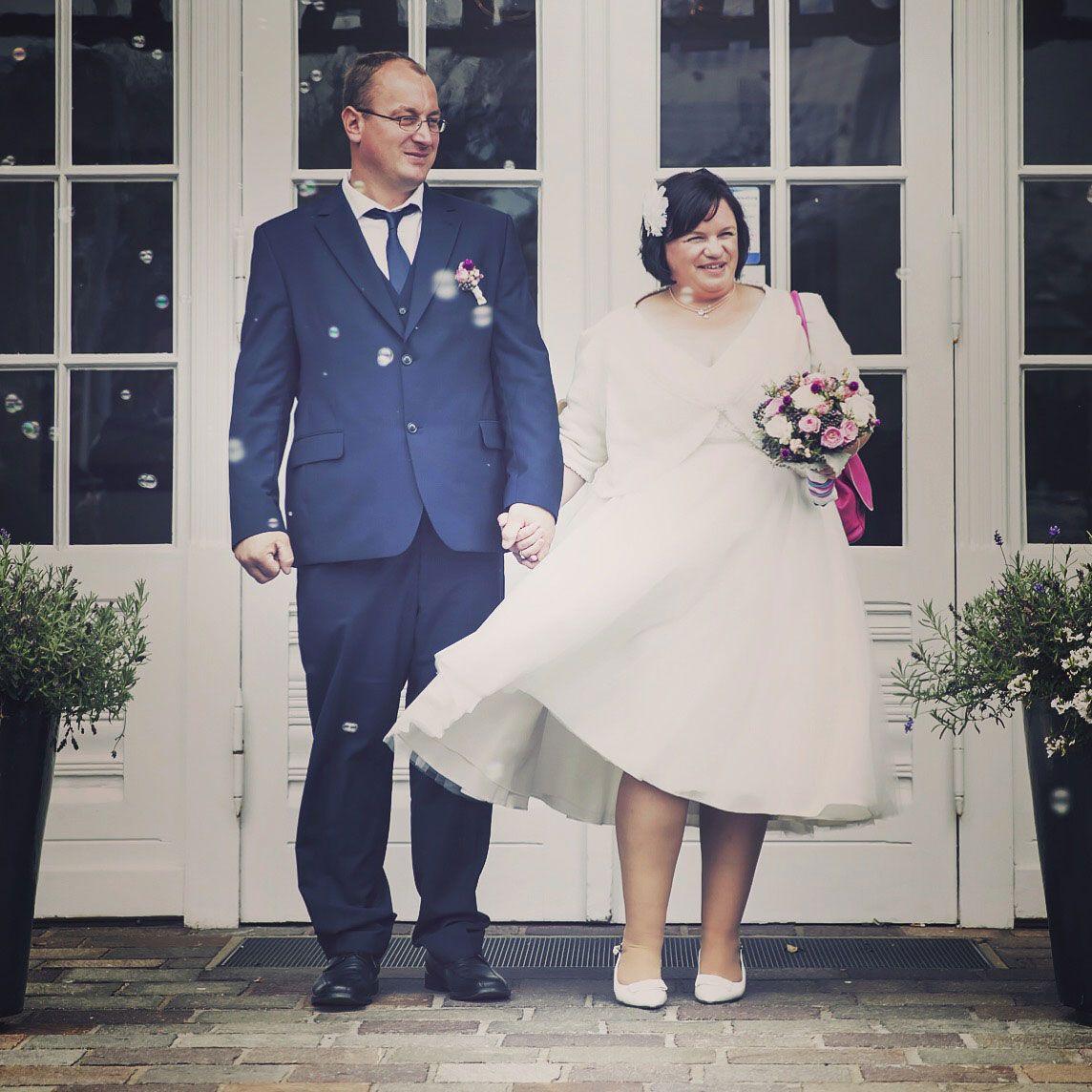 Brautkleid 50er Jahre – Cindy & Ella | Mollige Braut ...