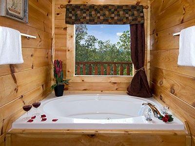Lumberjack Lodge 2 Bedroom Sevierville Cabin Rental