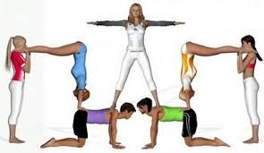 Resultat Dimatges De Figuras Acrosport 7 Personas H Acro Yoga