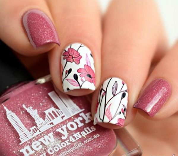 10 Scintillating Sparkle-Inspired Nail Art Ideas for New Year Eve ...