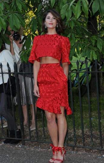 Red hot - Look do dia - Vogue Portugal