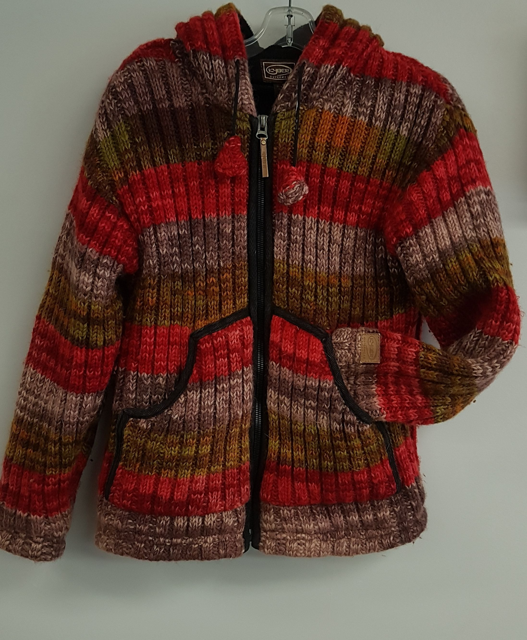 Kyber Outerwear Size Med 54 99 Sweaters Outerwear Colorful Sweaters [ 2665 x 2194 Pixel ]