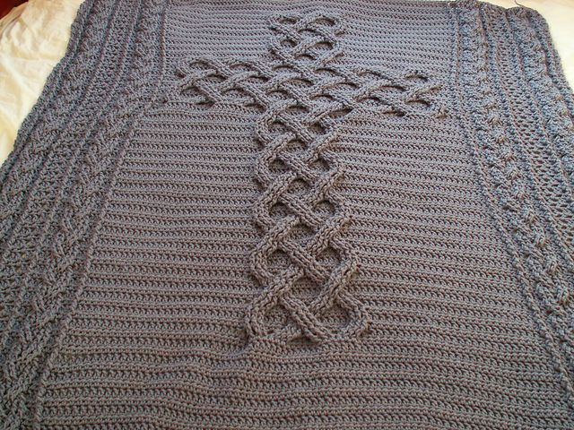 Chunky Celtic Cross cable afghan / blanket / throw pattern by Cosy ...