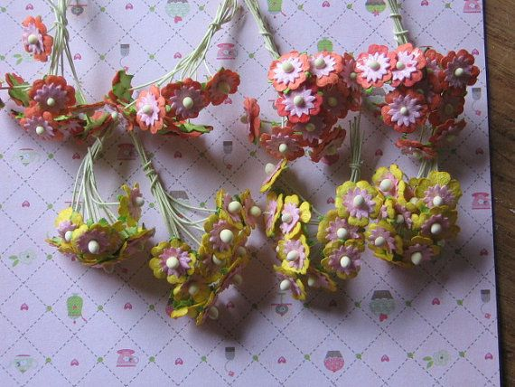 Cute yellow and orange flowers with stem by Monanique on Etsy, €0.60