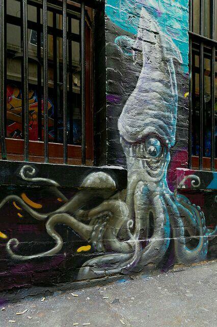 Street art octopus