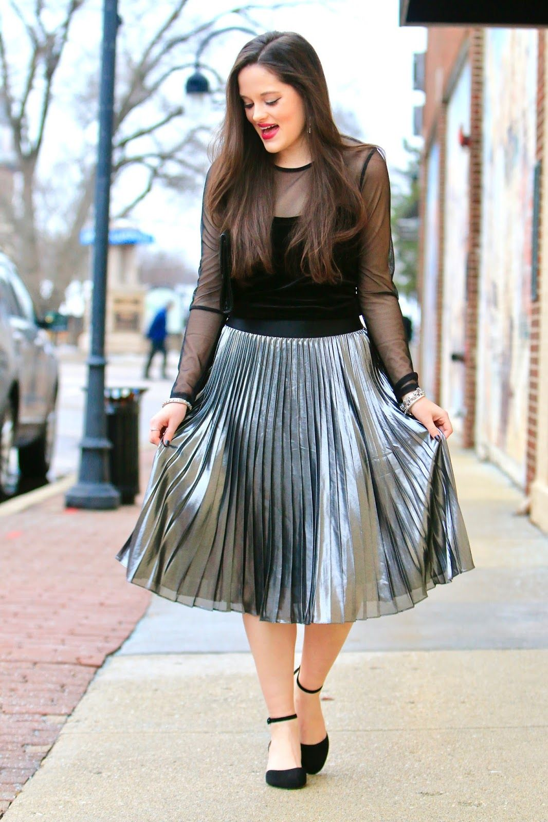 5f17dc32d How to style silver metallic skirt. | Kats Fashion Fix_blog in 2019 ...