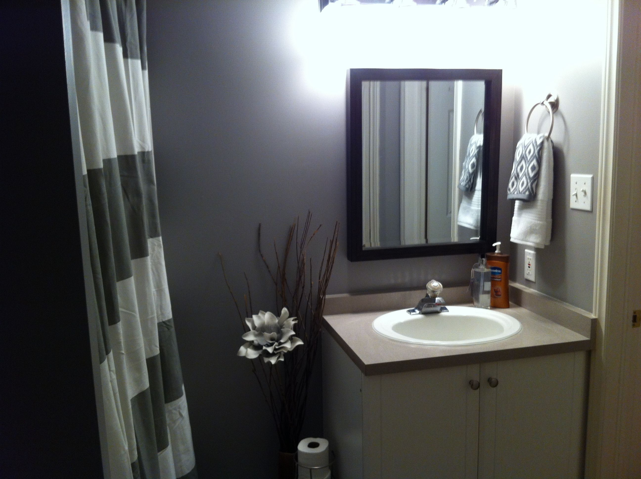 Illustration Of Simple Considerations You Wont Regret Before - Hanging hand towels bathroom for small bathroom ideas
