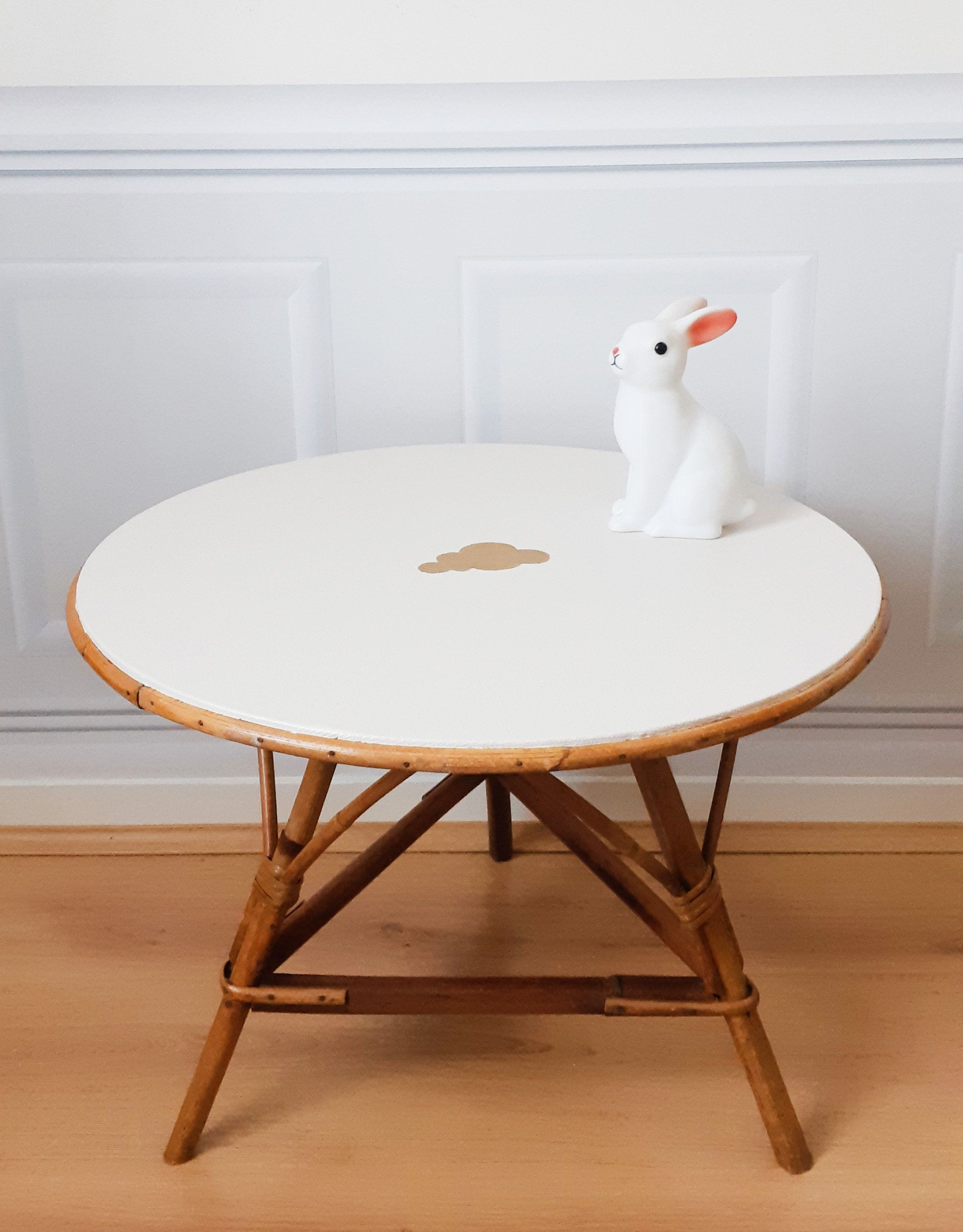 Table Ronde En Osier Rotin Bambou Rose Pastel Deco Nuage Or Etsy Home Decor Items Coffee Table 21st Century Homes