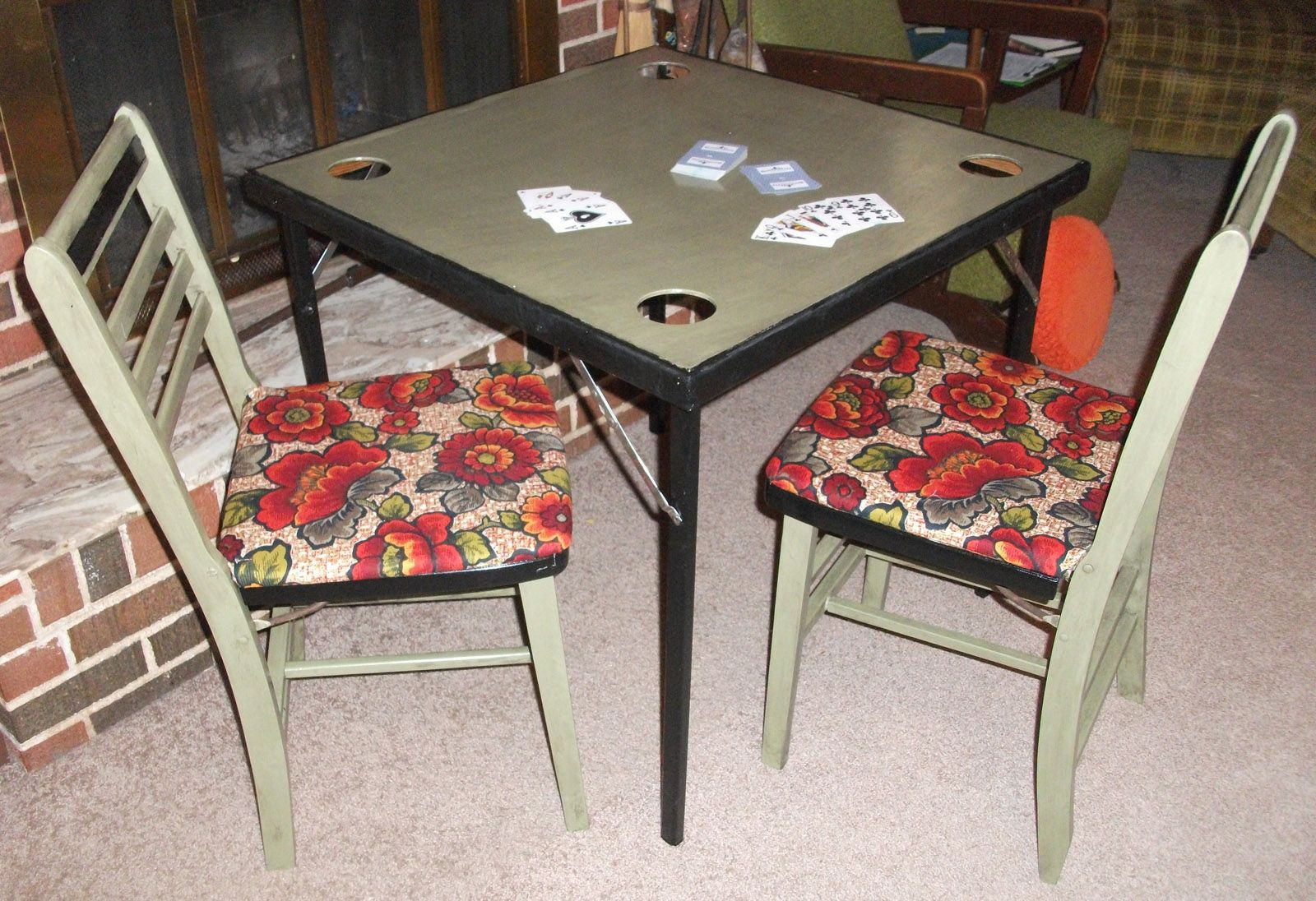 Game Night Revamped And Updated Wooden Card Table And Folding Chairs Wooden Cards Folding Chair Vintage Fabric