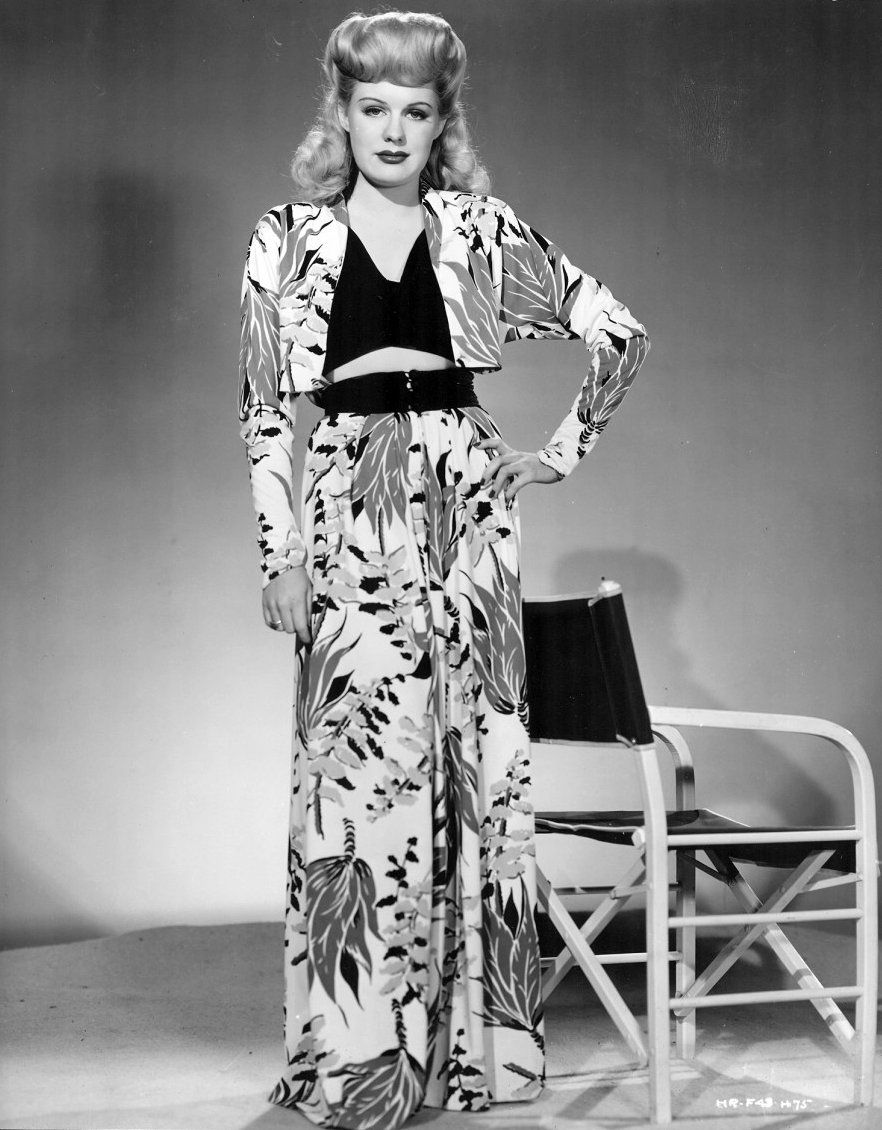 Sew Something Vintage 1940s Fashion: Marjorie Woodworth Wore 1940s Resort Wear, And So Would I