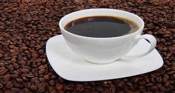 A Cup Of Coffee On An Empty Stomach Is A Real Shock To Your Body So Before Enjoying Your Favorite Bev Benefits Of Drinking Coffee Coffee Facts No Calorie Foods